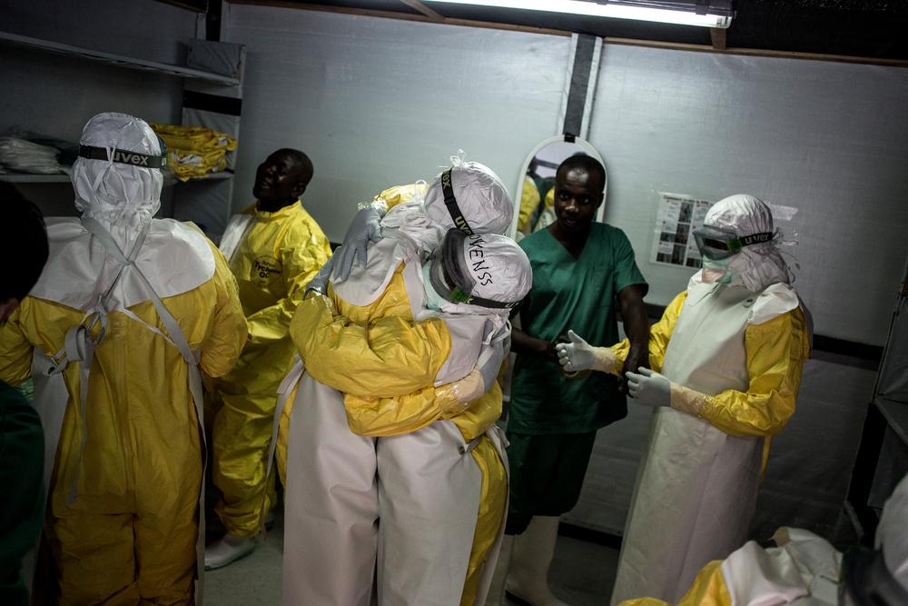 AFRICA: IL RITORNO DEL VIRUS EBOLA STA CAUSANDO NUMEROSI DECESSI (di G. Boetti, C. Ramondetti, L. Rozzo)