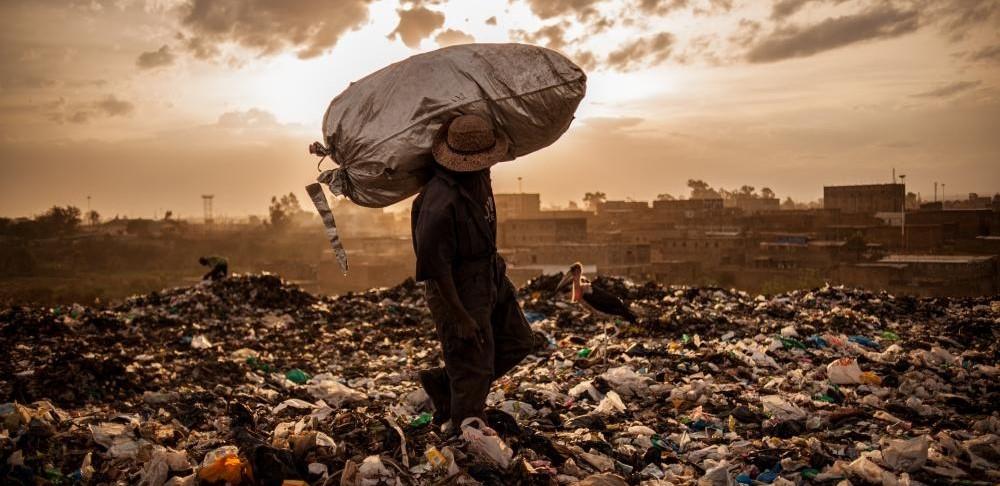 I segreti di Nairobi: infanzia negata e vite al limite (di S. Farsetti, A. Gugliara, A. Migliorini)